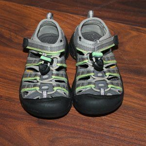 KEEN Gray/Green Sandals Size 9